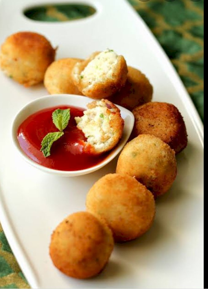 Cheese chilly balls